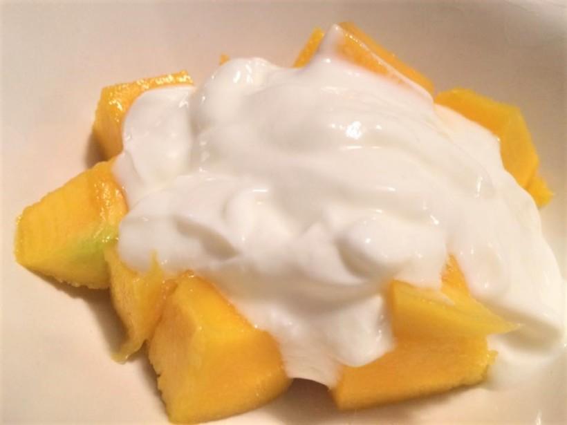 Mango & Coconut Yoghurt