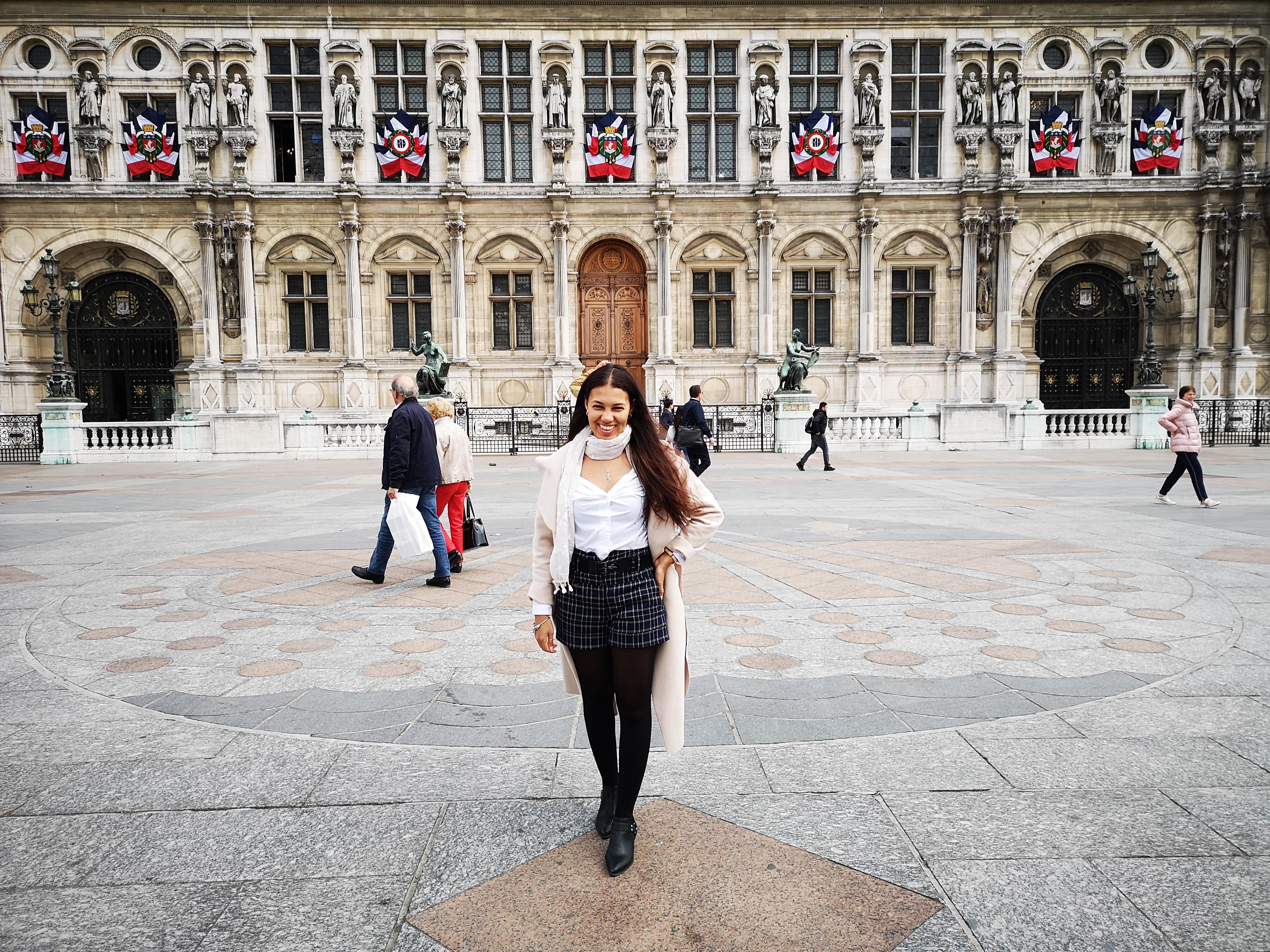 @browngirltraveller in Hotel de Ville, Paris
