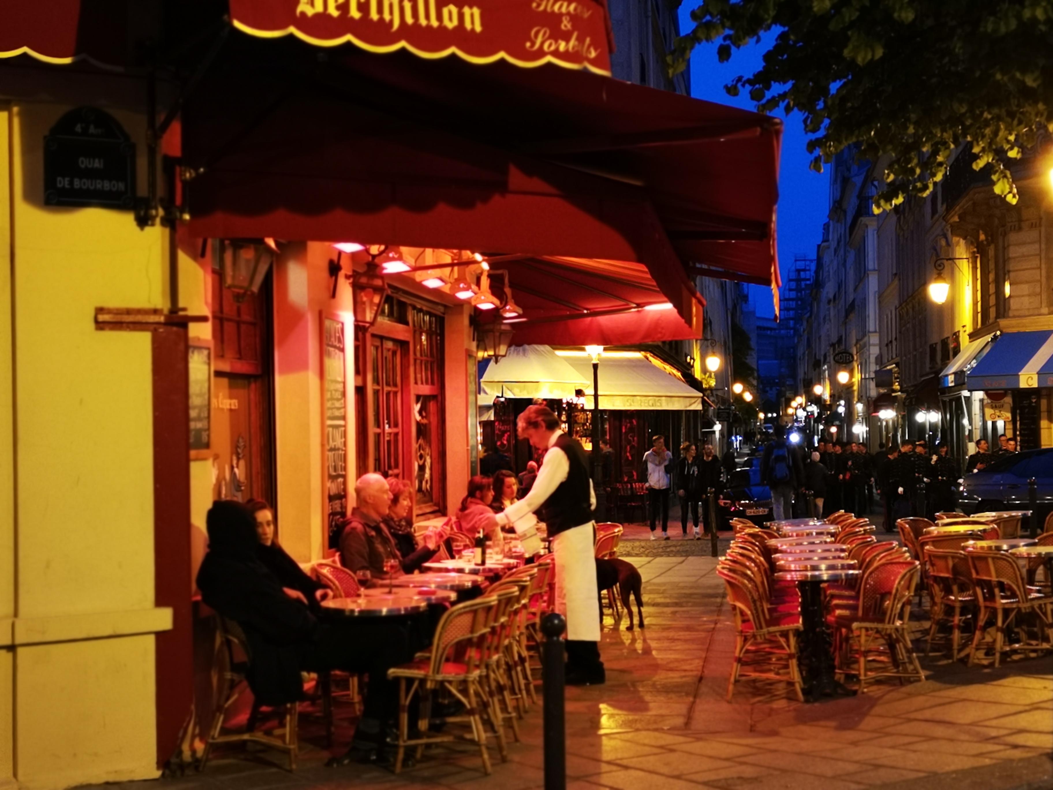 Must visit: La Brasserie De L'Isle Saint-Louis