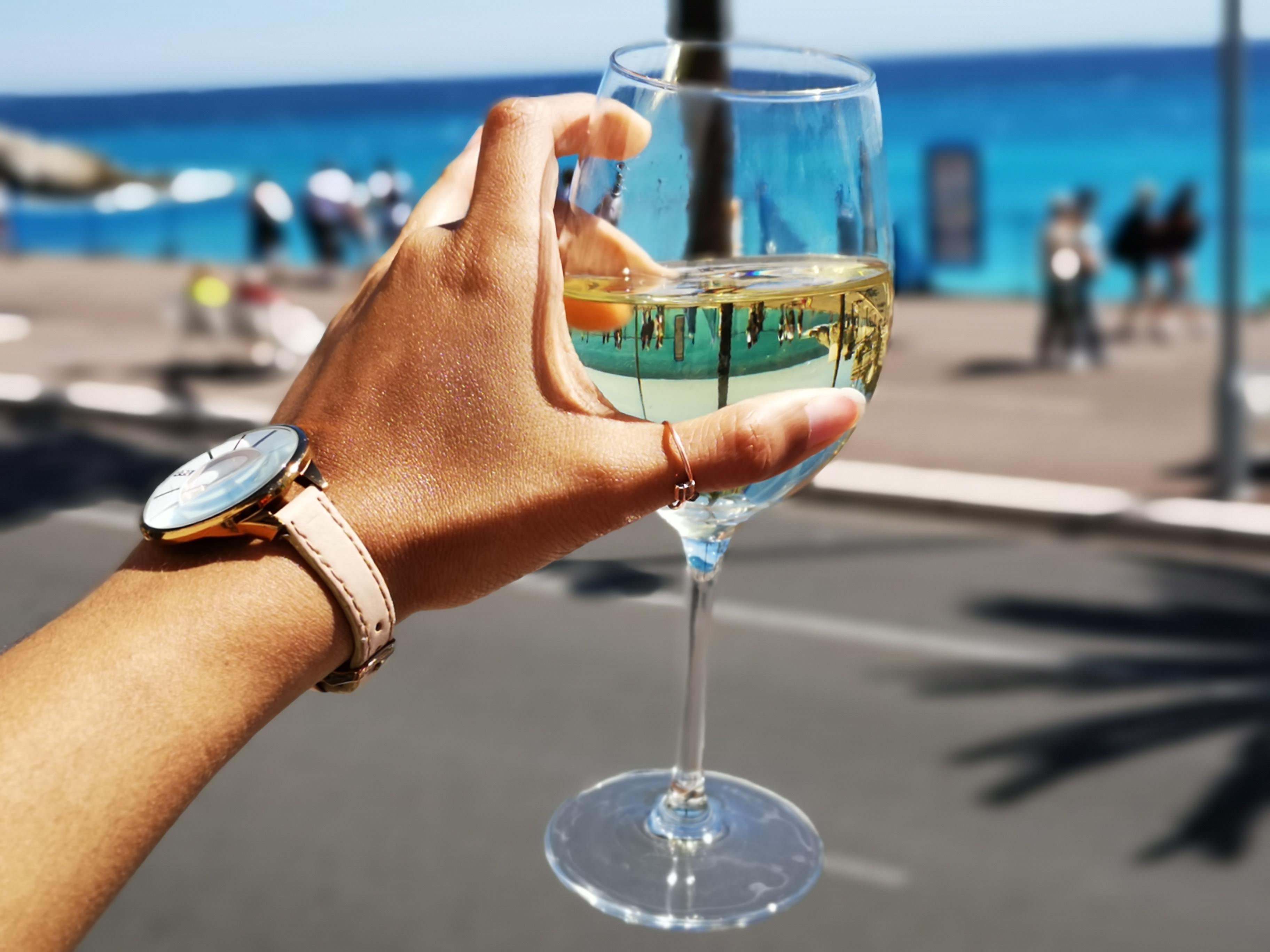 Wine along the promenade, Nice